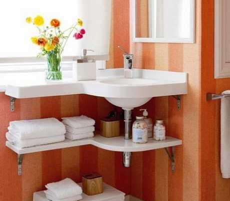 Cómo ganar espacio en baños pequeños