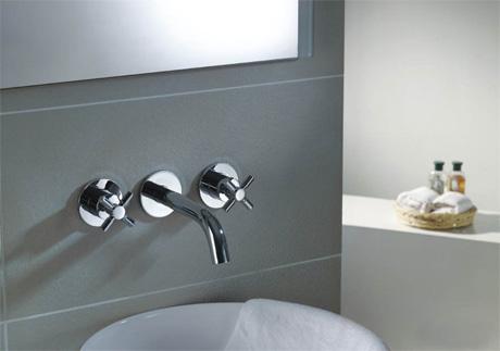 limpieza de las griferías del baño
