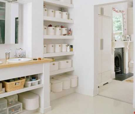 Cómo organizar los cosméticos y toallas