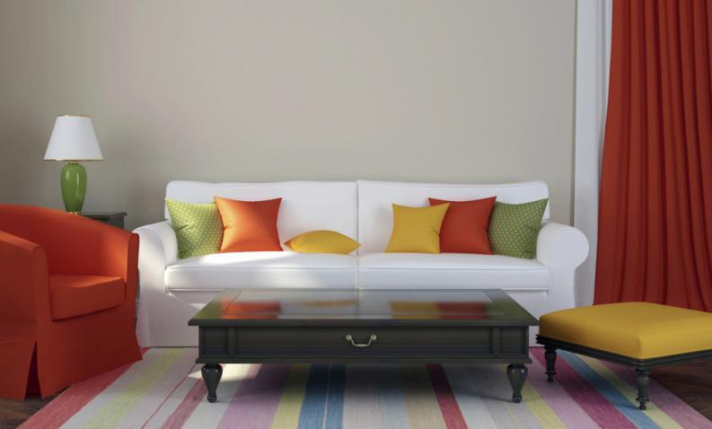 Decorar con un sofá blanco